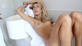 Cheating gf blindfolded and pussyfucked