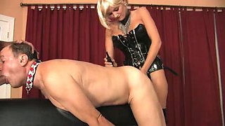 Cute Domina with Strapon and cock lover