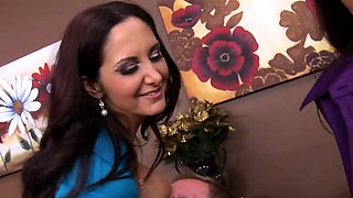 Femdom ffm officesex with Lisa Ann and Ava Addams
