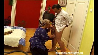 Close up amateur video with fat granny Famke C and her lover