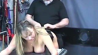 Hot gal is masturbating just for fun