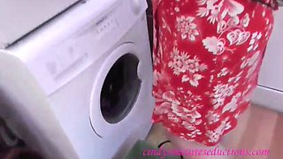 mom washing