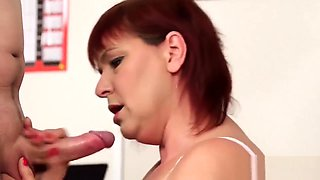 Kinky doll gets sperm load on her face sucking all the load