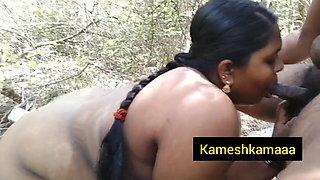 Tamil girl gives a nice blowjob