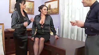 Office trio babe cleansup cum on ass and pussy after MFF trio