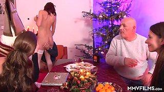 Valeria Jones & Cassie Young & Samy Fox & Big George in Traditional German househodld Xmas - MMVFilms