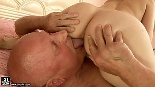 Handsome grandpa enjoys fucking hot and lovely babe Nesty and her pussy