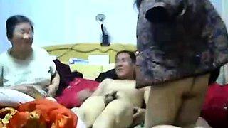 Chinese threesome (P3)