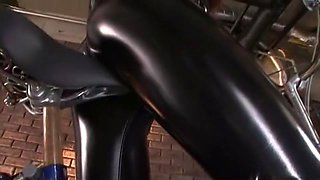 Horny Japanese model Akina in Incredible Latex, Blowjob/Fera JAV scene
