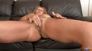 Blonde mom MILF shows off her hot body while she masturbates
