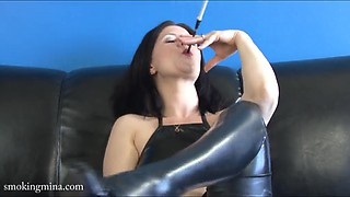 Hot woman enjoys smoking with her private parts show