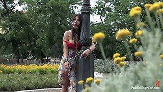 Lea Lexis - PublicDisgrace