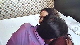 Delhi wali aunty ki bhookh mitai