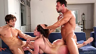 Kendra Lust is a mature chick ready for a nice threesome