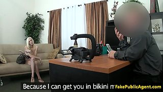 Real casting babe screwed by midget agent