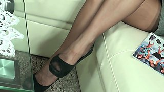 Hot nylons and sexy heels