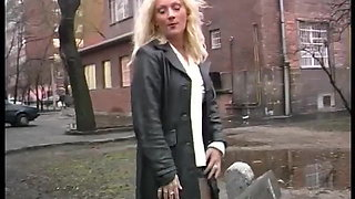 hot girls peeing on public places