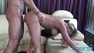 Mexican alpha male Marco Banderas fucks big tittied and bootyful blond hooker