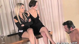 Glamour babe gets feet and bawdy cleft licked by her slave