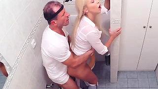 Blonde patient gets creampied