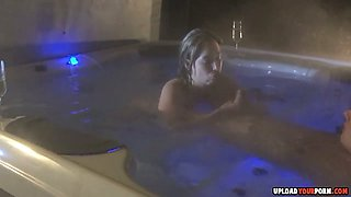 Hot Babe Gets Fucked In The Hot Tub