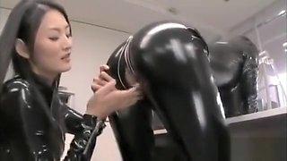 lesbian orgasm in latex