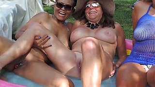 Filipino milf with friends at nudes a poppin 2019