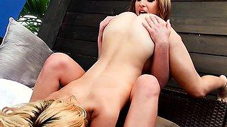 Horny Beautiful Dykes Do 69 Sex Position