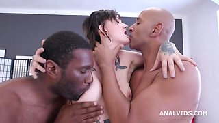 Sexy Thirsty MILF Bree Tries To Handle Two Monster BBC