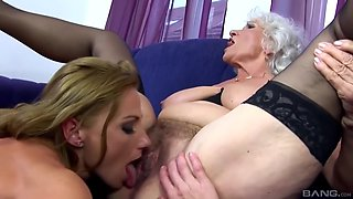 Grannies Try A Threesome Xxx