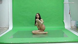 Frisky Big Tits Brunette Flexible Babe Nicol Smith