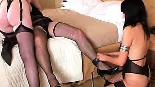 Attractive thin MILFS with older bigger crossdresser