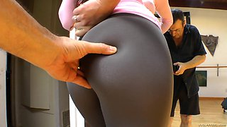 Perfect Compilation Of Babes Wearing Pantyhose And Yoga Pants
