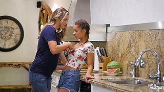 Sexy Uma Jpolie invading Ryan Ryans' juicy muff in the kitchen