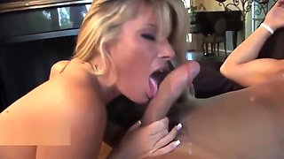 Awsome Cowgirl For Sexy Blonde Mature Milf (TOP MILF)