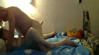 I please my sexy blonde gf in missionary position in bed