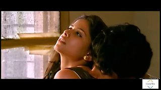 Marathi bhabhi sai hot bhabhi romance in kitchen very seductive