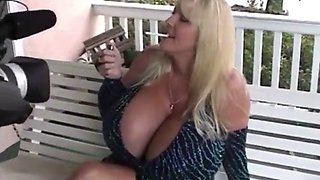 Maxi smoking