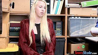 Rich blonde teen thief can not avoid the punishment