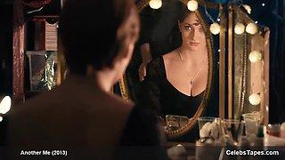 Sophie Turner cleavage video
