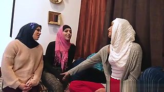 Muslim teen bride and BFFs fuck a BBC at bachelor night