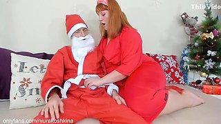 Mommy Thanks Santa With A Handjob And Makes Him Cum. Xmas. Niurakoshkina
