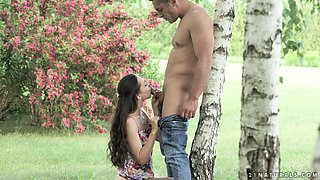 Slender romantic GF Lilu Moon thirsts for some good outdoor analfuck