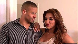 Erotic anal sex with naughty ts beauty Jessy Dubai