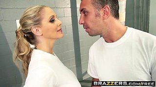 Brazzers - Big Tits In Sports - Julia Ann Keiran Lee - Lean Mean Fucking Machine