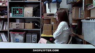 Pepper Hart in Case No. 5587980 - Shoplyfter