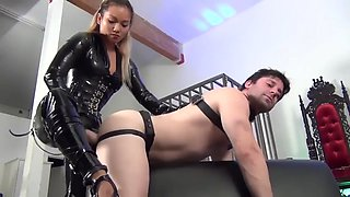 Leather mistress strapon