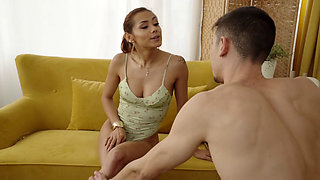 Looks Like Latina Sex Machinee Veronica Destroyed Her Butthole Completely