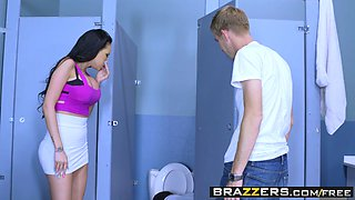 Brazzers - Big Tits at School - Raven Bay and Danny D - Hammered