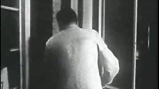 Retro Porn Archive Video: Femmes seules 1950's 08